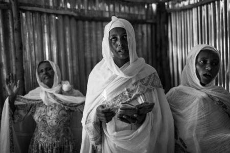 مراسم عجیب جن گیری در اتیوپی (عکس 18+)