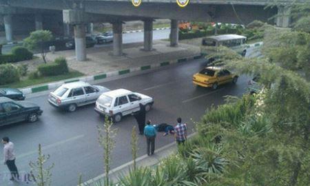 خودکشی دردناک یک زن در مشهد مقابل چشم همه (عکس)