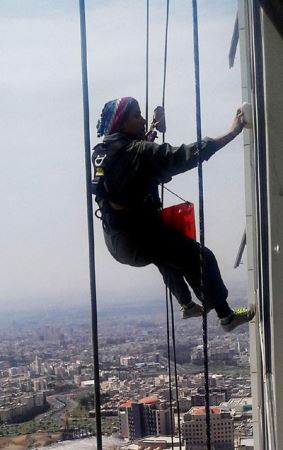 انتخاب با شهامت ترین دختر جذاب تهرانی (عکس)