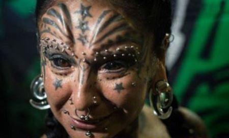 چهره های عجیب یک زوج شیطان پرست این گونه است