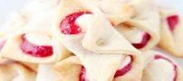 طرز تهیه شیرینی پنیری خامهای توت فرنگی