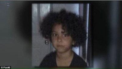 غوغای آتش زدن دختر 6 ساله برای ازدواج با مادرش!! عکس