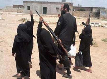 دختر های کوچک، هدف تجاوز برای آینده! (عکس)