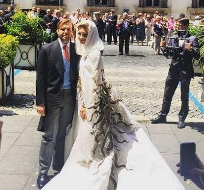 ازدواج باشکوه خانم طراح جواهر با یک میلیاردر نفت (عکس)
