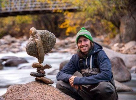 عجیب ترین شیوه ممکن برای قرار دادن سنگها روی هم (عکس)