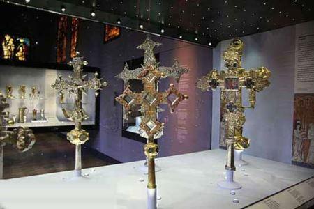 معروف ترین موزه های جواهرات در جهان (عکس)