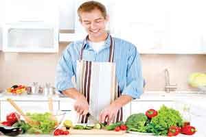 این گونه مراقب غذاهای سالم باشید