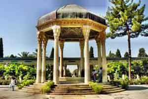 آرامگاه دیدنی حافظ در زمان قاجار (عکس)