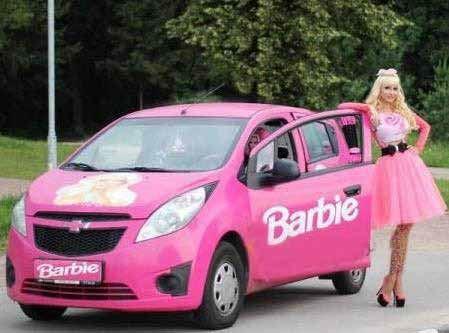 شباهت باورنکردنی زن 28 ساله به عروسک باربی (عکس)