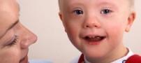 8 حرفی که به مادرانِ کودکانِ سندرم داون نزنید