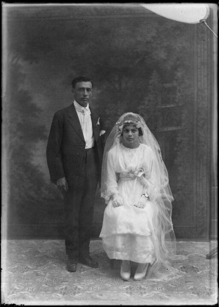 تاریخچه لباس عروس+عکس