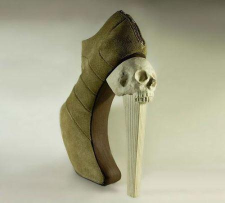 کلکسیونِ عجیب ترین کفش های زنانه