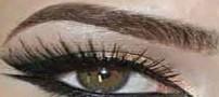 آرایش تصویری چشم سایه مشکی طلایی