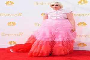 زشت ترین مدل لباس های ستاره های هالیوودی