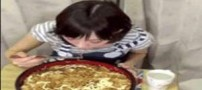 کار غیر ممکن و باورنکردنی دختر لاغر اندام ژاپنی! (عکس)