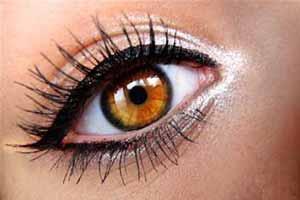 خطرات جدی خط چشم