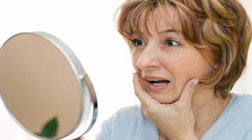 5 عادتی که خانم ها را زودتر پیر می کند