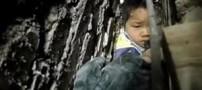 نجات پسر 7 ساله از بین دیوار !