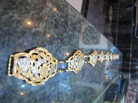 استفاده های عجیب ایرانی ها از طلا (عکس)