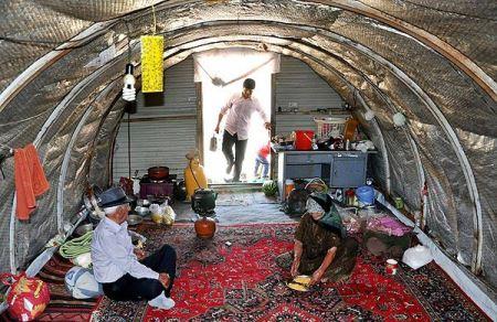 زندگی جنجالی پدر و مادر یک شهید در طویله !! (عکس)