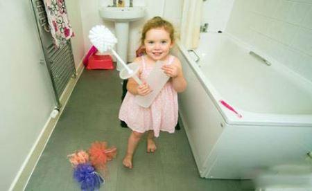 کودکی که عجیب ترین لقب دنیا را گرفت (عکس)
