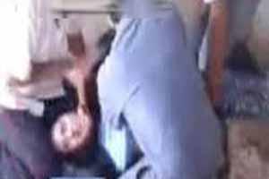بارداری جنجالی دختری با تجاوز گروهی خانواده اش (عکس)