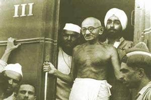 داستان جالب گاندی و لنگه کفش
