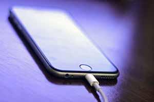 ترفندی برای شارژ سریع گوشی همراه