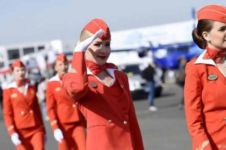 تیپ و چهره های جذاب دختران مهماندار هواپیماهای جهان