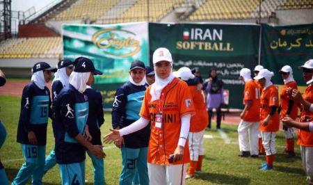 دختران جذاب ایرانی در مسابقات سافت بال بانوان
