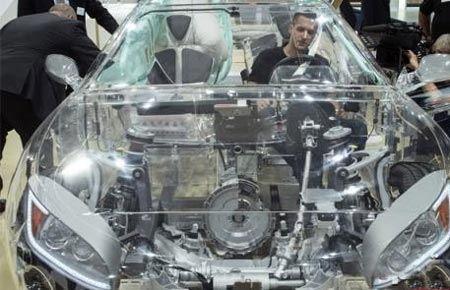 حیرت همه از خودروی عجیب شیشه ای ! (عکس)