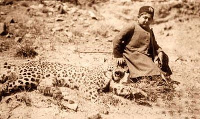 کودکی آخرین پادشاه قاجار دیدنی است (عکس)
