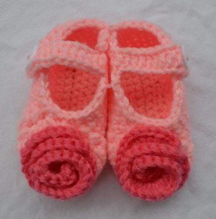 جدیدترین مدل پاپوش های بافتنی نوزاد