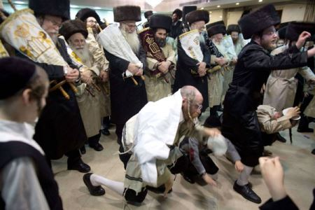 عجیب ترین مدل رقص یهودی ها (عکس)