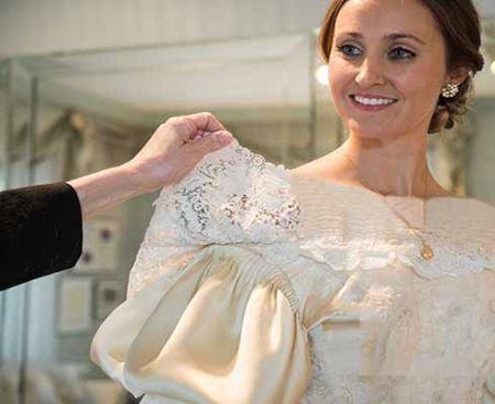 عروس جذابی با مدل لباس عروسی رکورد دار جهان شد! (عکس)