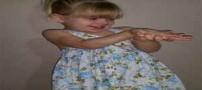 معجزه زنده ماندن دختر 2 ساله بعد از بلعیدن پیچ (عکس)