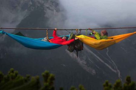 مهیج ترین رختخواب های معلق در دنیا ! + عکس