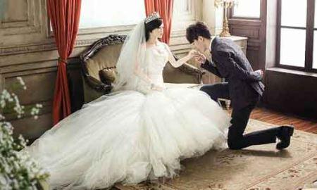 ازدواج جنجالی مرد چینی با عروسک جنسی + عکس