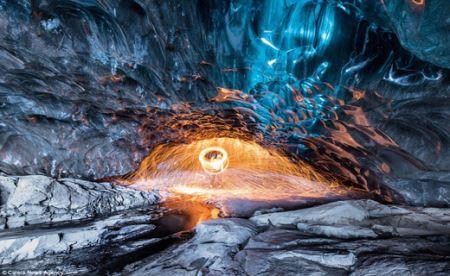عکس های دیدنی و نفس گیر بازی آتش و یخ !