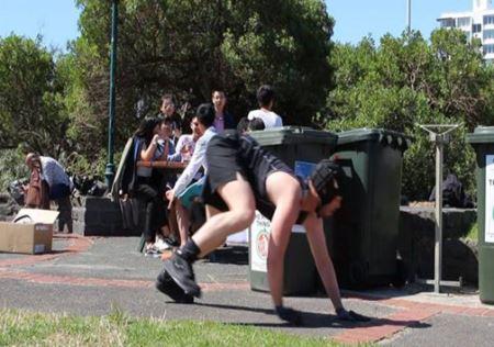 خنده دار و عجیب ترین ورزش در ایتالیا + عکس