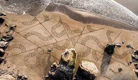آثار هنری پُر زحمت خیلی زیبا که به یک موج بند است (عکس)