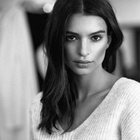 بیوگرافی و عکسهای امیلی راتاجکوسکی بازیگر و مدل آمریکایی