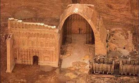 آشنایی با مجلل ترین کاخ های ایران (عکس)