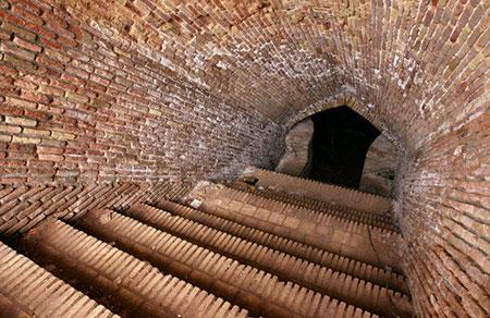 کاروانسرای میان دشت یکی از آثار باستانی های دیدنی (+تصاویر)