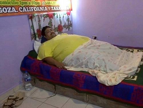 چاق ترین مرد دنیا با 444 کیلوگرم وزن در گذشت (عکس)