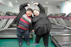 زن و شوهر 400 کیلویی که قصد لاغری دارند (عکس)