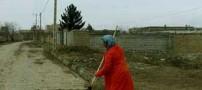 تنها بانوی رفتگر ایرانی زحمتکش را ببینید (عکس)