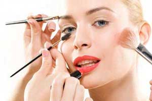 نکات حرفه ای آرایشگری برای صورت خودتان