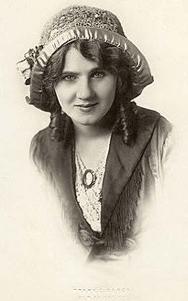 مخترع چراغ راهنما و ترمز این زن بازیگر بوده است (عکس)
