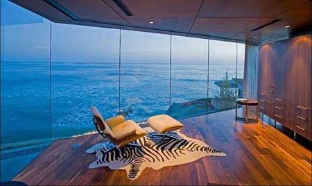 هتل هایی با view ساحل شگفتانگیز و جنگلی زیبا
